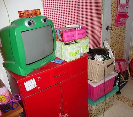 轉讓14寸青蛙彩色電視機